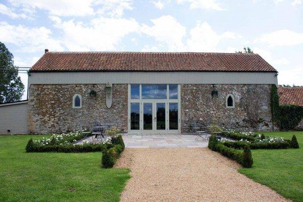 Norfolk Wedding DJ - Norfolk Wedding Venue Pentney Abbey